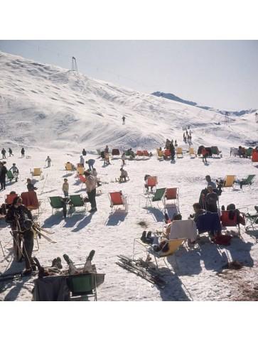 Skiers at Verbier by Slim...